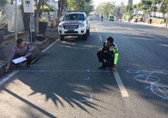 Miris, Niat Hindari Penyeberang Jalan, Pemotor Oleng Sampai Hantam Mobil