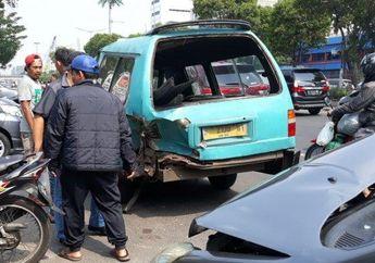 Pemotor Wajib Tahu, Begini Trik Menghindari Tabrakan Beruntun Saat Naik Motor