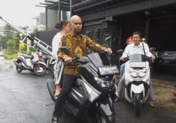 Naik Yamaha NMAX Ahmad Dani Ngebonceng Cewek Cantik, Mulan Bukan Ya?