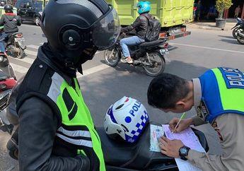 Street Manners: 4 Hari Jelang Operasi Zebra 2019, Siapkan Surat Kendaraan dan Hindari Bawa Banyak Barang di Motor