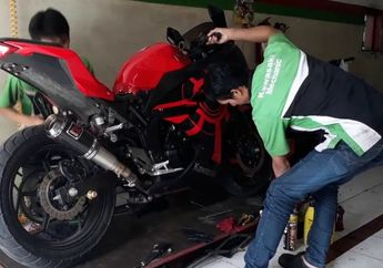 Motor Kawasaki Ninja 250 Mulai Lemot, Servis Besar di Bengkel Spesialis Biayanya Gak Sampai Rp 1 Juta