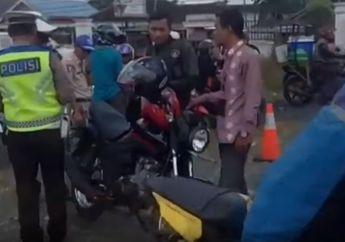 Sadis, Video Puluhan Pemotor Terjaring Razia Gara-gara Surat Tidak Lengkap