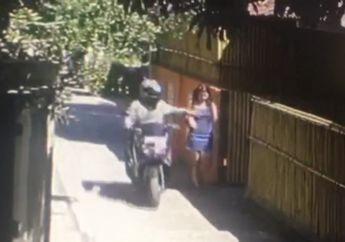 Ini Video Bule Pakain Mini Diraba Dadanya Oleh Guru Olahraga Sambil Naik Yamaha NMAX