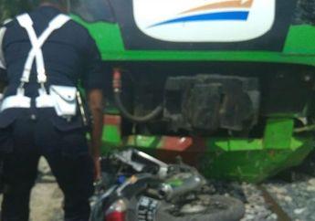 Tragis, Honda Supra X Hancur Terseret  Kereta Bandara, Ayah dan Anak Tutup Usia di Samping Rel