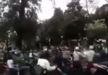 Grogol Macet, Video Puluhan Pemotor Kepung Pelaku Penjambretan, Polisi dan Dishub Kewalahan