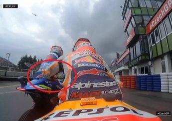 Marc Marquez Disenggol Alex Rins Saat Kualifikasi MotoGP Ceko 2019, Ajak Perhitungan di Pit