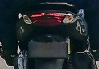 Bikin Geger, Spyshoot Skutik Yamaha NMAX Facelift Bocor, Stoplamp Meruncing, Sepatbor Model Baru