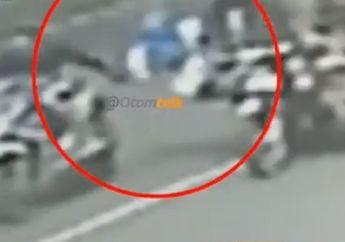 Korban Sampai Merangkak, Video Perempuan Terlempar ke Aspal, Jambret Bermotor Bawa Kabur Tas Korban