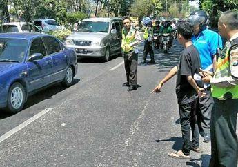 Parah, Nekat Lawan Arah Bocah Pemotor di Bawah Umur Terlibat Tabrakan, Korban Tergeletak di Aspal