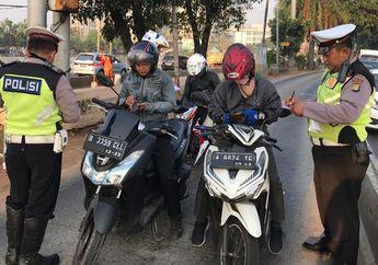 Polisi Gerah dan Lakukan Razia Akibat Pemotor Masuk Jalur Busway dan Lawan Arah di Jalur Ini