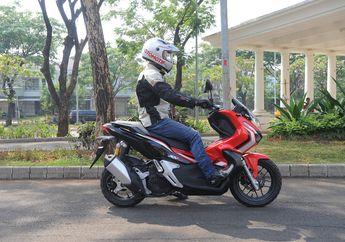 Bikin Skutik Adventure Honda ADV150 Nyaman, Joknya Dilapis Latex Bro