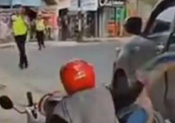 Video Detik-detik Pemotor Nekat Kabur Saat Dirazia, Motor Oleng dan Terkapar di Samping Mobil