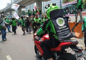 Motor Balapan Asia Digeber di Depan Kedubes Malaysia Karena Dianggap Miskin