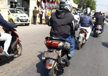 Lampu Belakang Runcing Bodi Melebar, Yamaha NMAX Terbaru Ketahuan Lagi Dites di Jalan Raya