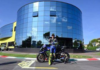 Motor MotoGP M1 Bener Dibawa Jalan, Video Valentino Rossi Keliling Kota