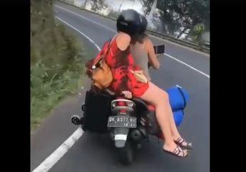 Bahaya! Bule Seksi Berpakaian Mini di Bali Bonceng Motor Salah Posisi, Bisa Bikin Celaka