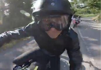 Valentino Rossi Naik Yamaha Mya, Nikmati Riding di Jalur Favoritnya Waktu Muda Dulu