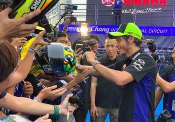 Baru Juga Sampai, Rossi-Vinales Disambut Ratusan Fanatikan Yamaha Jelang MotoGP Thailand