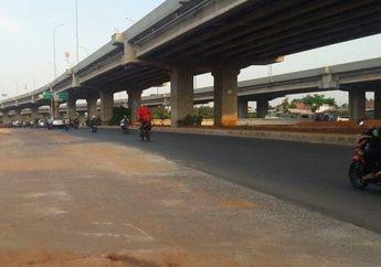 Trotoar di Tengah Jalan Kalimalang Akhirnya Dibongkar, Driver Ojol Curhat Begini