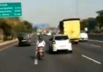 Enggak Ada Lawannya, Viral Video Emak-emak Ngebut Naik Honda BeAT Masuk Jalan Tol Surabaya