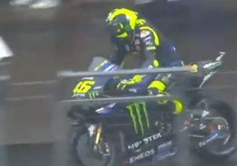 Motor Valentino Rossi Terciduk Pakai Komponen Misterius di FP3 MotoGP Jepang 2019