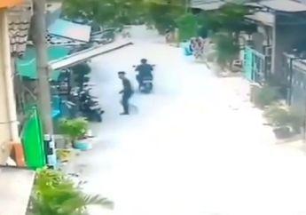 Punya Nyawa Cadangan, Video Maling Nekat Bawa Kabur Yamaha Mio Milik TNI AD di Depan Rumah