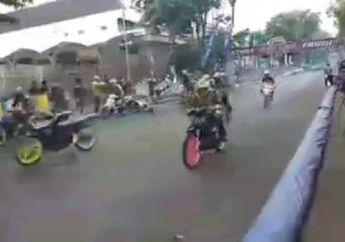 Penonton Histeris, Insiden Tabrakan Beruntun di Balap Road Race Karanganyar, Seorang Pembalap Sampai Terbang