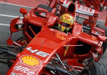 Bukan Cuma Mercedes Benz Milik Lewis Hamilton, Video Valentino Rossi Juga Pernah Cicipi Mobil Formula 1 Milik Ferrari