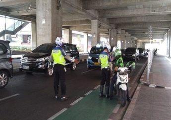 Hari Pertama Pelaksanaan Aturan, 129 Motor Langsung Ditilang Polisi, Ketahuan Terobos Jalur Sepeda