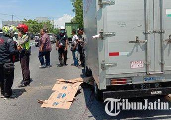 Darah Berceceran di Aspal, Yamaha Jupiter Berantakan Seruduk Mobil Boks di Pinggir Jalan, Pemotor Tewas Terlindas