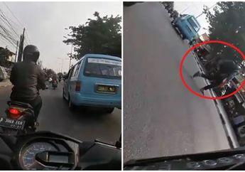 Gubrak, Video Pejalan Kaki Nyeberang Sembarangan Bikin Pengendara Honda BeAT Terkapar, Netizen: Welcome to Indonesia Mister