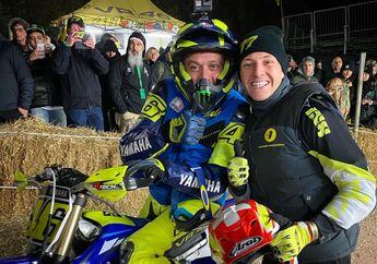Gak Mau Kalah dengan Marquez, Valentino Rossi Bikin Balapan Flat Track, Pembalap MotoGP Ikut Bersaing