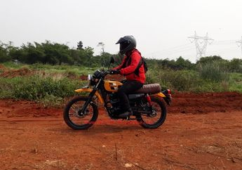 Ini Alasan Teknis Posisi Riding Kawasaki W175TR Lebih Nyaman dari W175 Biasa