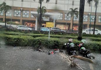 Hujan di Jakarta Bikin Motor Tenggelam, Ini Kumpulan Foto dan Videonya