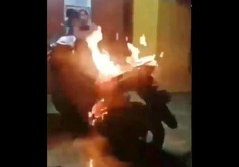Seisi Rumah Langsung Histeris, Video Detik-detik Honda Vario Ludes Terbakar, Cuma Gara-gara Hal Sepele