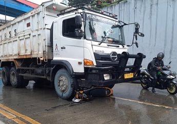 Warga Berhamburan, Truk Tanah Seruduk Dua Motor di Underpass Pasar Gembrong, Pengendara Honda Blade Tewas Terlindas