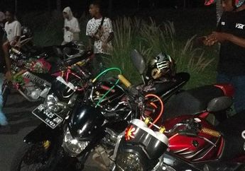 Bikers Harus Tahu, Cegah Penyebaran Virus Corona, Polisi Langsung Bubarkan Warga yang Nongkrong