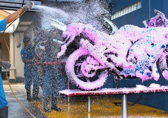 Sering Cuci Steam Motormu? Hindari, Ini Alasan dan Dampak Negatifnya