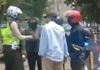 Polisi Vs Pemotor Escorting Ambulans, Cekcok Adu Mulut Enggak Terhindarkan, Siapa yang Salah Ya?