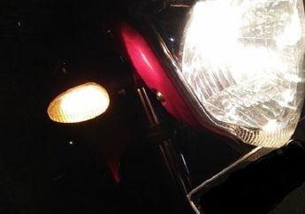 Street Manners: Perhatikan Kondisi Lampu Sein Motor, Kalau Mati Pemotor Bisa Dipenjara 1 Bulan