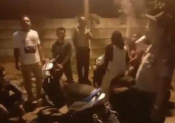Asik, Pengendara Motor Bukan Dirazia SIM dan STNK, Satlantas Polrestabes Medan Gelar Razia Covid-19