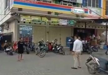 Warga Tangerang Ketakutan, Parkiran Mini Market Mendadak Mencekam Saat Seorang Pria Bawa Pisau, Polisi Sampai Beri Tembakkan Peringatan