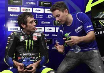 Blak-blakan, Valentino Rossi Ungkap Ada Yang Gak Senang Jorge Lorenzo Balapan MotoGP Lagi