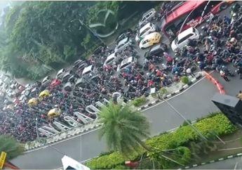 Video-video Kemacetan PSBB Surabaya dan Sekitarnya di Hari Pertama