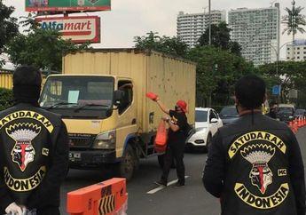 Mantap! Peduli Corona, Satudarah MC Berikan Bantuan Masker dan Makanan Bagi Sopir Angkutan Umum