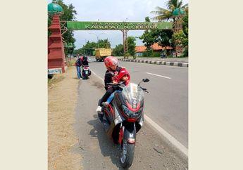 Aman Satu Keluarga Mudik Pulang Kampung Tanpa Disuruh Putar Balik Triknya Dibagikan Pemotor Yamaha NMAX