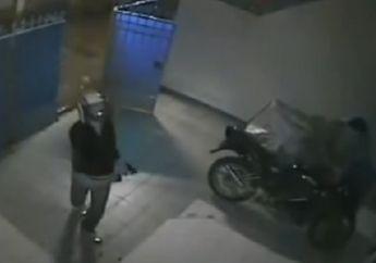Brutal, Korban Cuma Melongo Mau Ditembak Pelaku, Honda ADV150 dan Ponsel Lenyap Dibawa Begal Berlagak Polisi