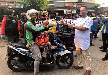 Lawan Pandemi Virus Corona, Forum Bikers Lakukan Aksi Berbagi Ramadhan Di Pos PSBB Kalimalang