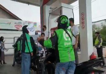 Heboh Video Barisan Driver Ojol Bahagia, Motor Dipakai Cari Orderan Dapat Bensin Pertamax Gratis Sampai Penuh