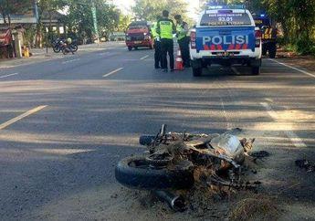 Tuban Geger, Yamaha Vixion Hangus Terbakar Setelah Tabrak Pejalan Kaki Hingga Tewas